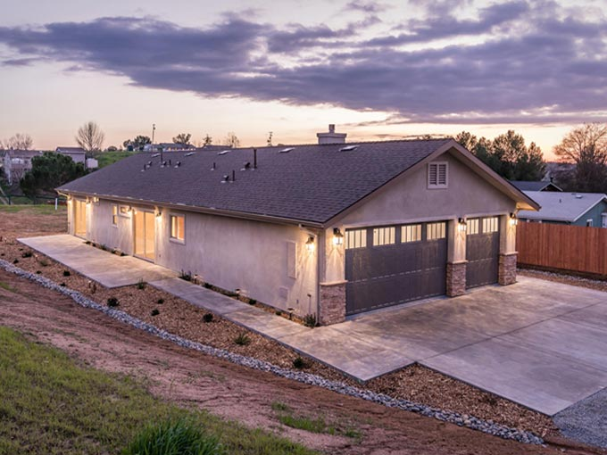 Paso Robles Home For Sale - 914 Larable Court - Large Home - 4 Bedroom- Good Neighborhood